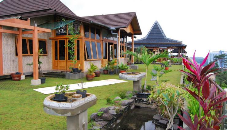 Wisma Joglo Hotel Bandung - Morning View