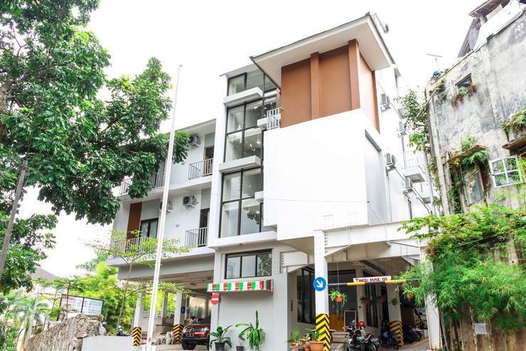 Airy Sukajadi Lemah Neundeut 9 Bandung - Hotel Front
