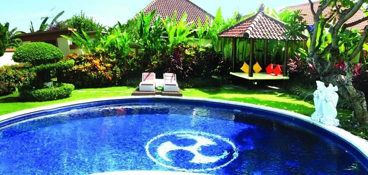 Heliconia Villas Bali - Kolam Renang