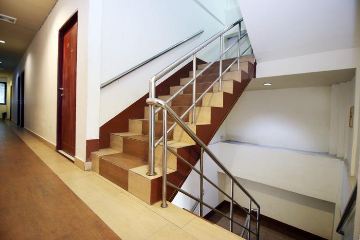 Airy Pontianak Selatan Veteran Gang Sukur Empat 52 - Stairs