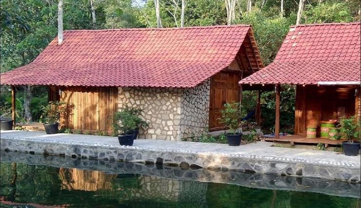 Villa Kampung Ayem Jogja - Exterior