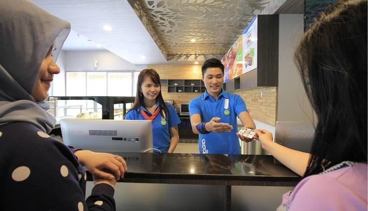 POP! Hotel Banjarmasin - Reception