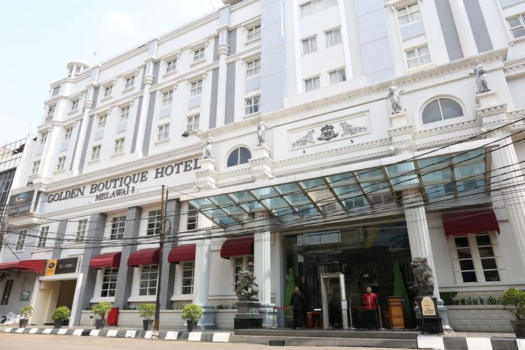 Golden Boutique Hotel Melawai - Facade