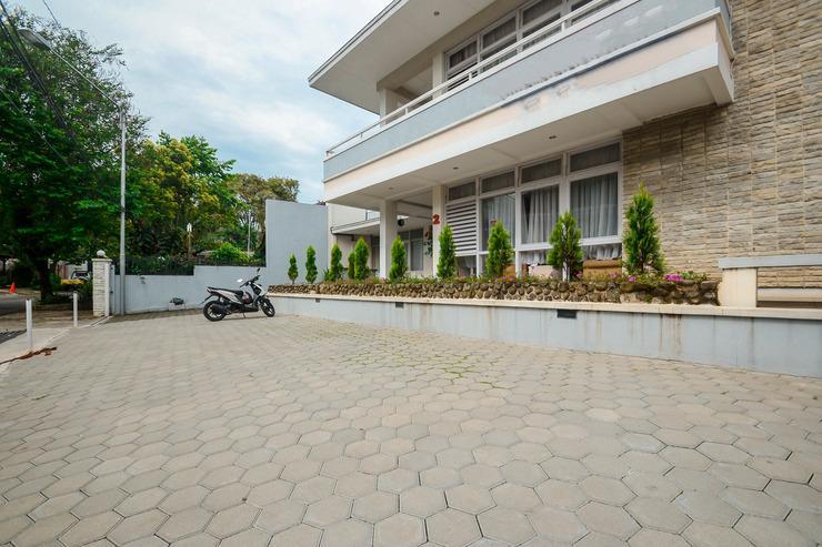 Airy Dago Dipatiukur Kyai Luhur 2 Bandung - Parking Lot