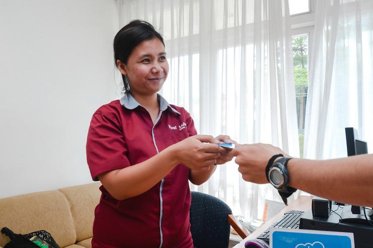 Airy Dago Dipatiukur Kyai Luhur 2 Bandung - Receptionist