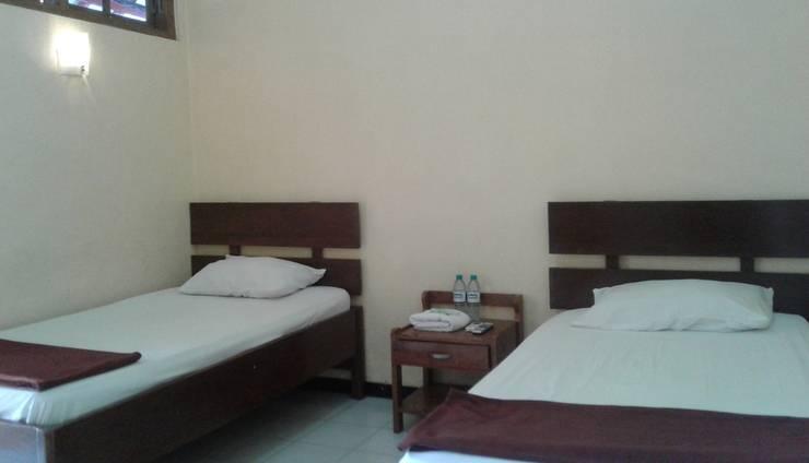 Hotel Cendrawasih Jember - Kamar tamu