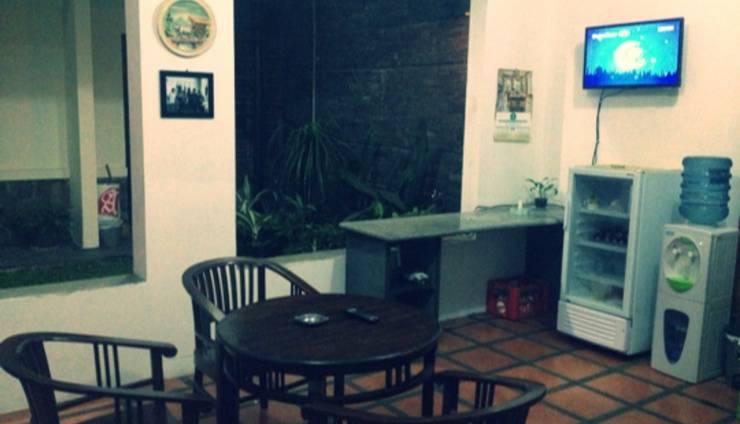 Suryalaya Inn Guest House Bandung - Interior