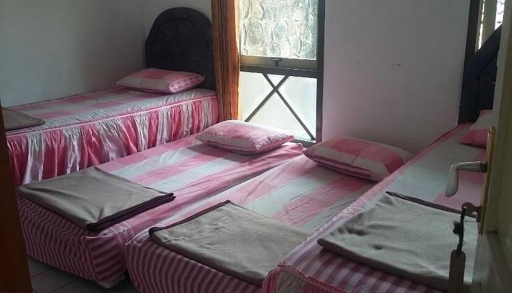 Wisma Bina Darma Salatiga - room