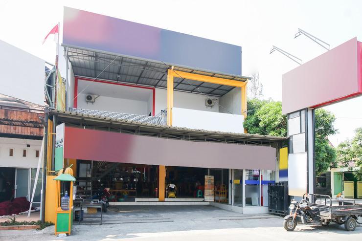 Airy Eco Syariah Stasiun Cirebon Inspeksi 7 Cirebon - Exterior