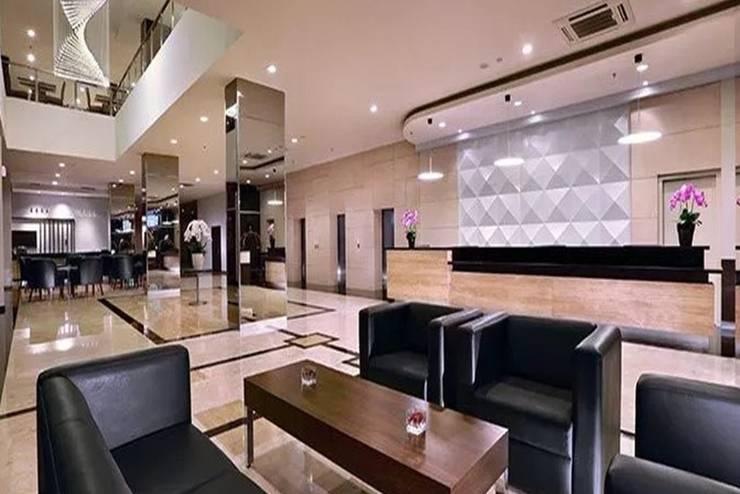 Aston Imperial Bekasi Hotel Bekasi - Lobi