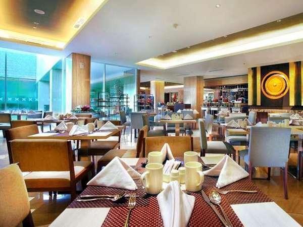 Grand Aston Yogyakarta - Restoran Saffron