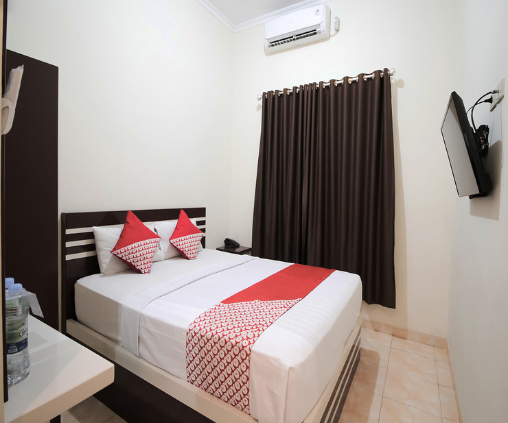 OYO 765 Wisma Andalas Asri Syariah Bandar Lampung - Bedroom