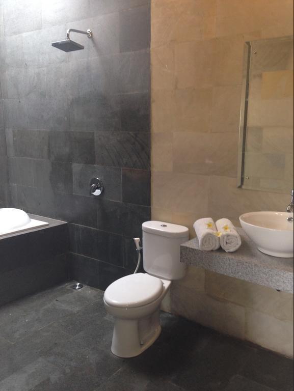 Villa Jai Bali - Bathroom