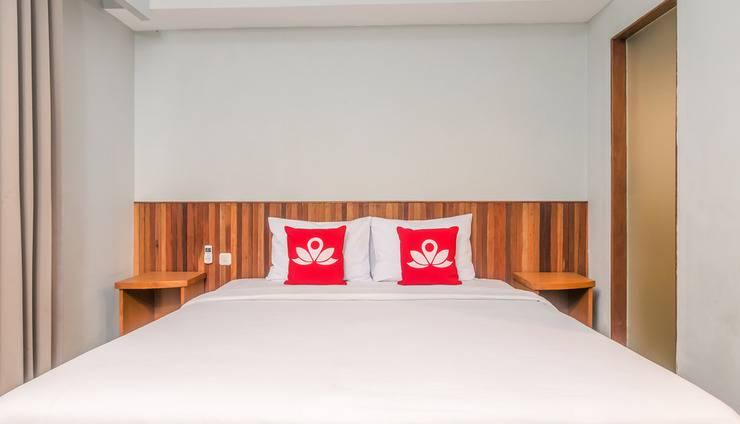 ZEN Rooms Raya Kuta Joger Bali - Tampak tempat tidur double
