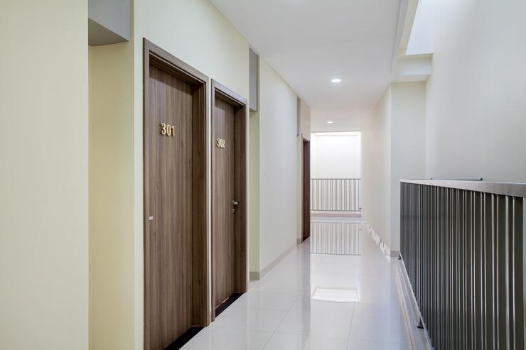 OYO 115 Portal Residence Jakarta - Coridor