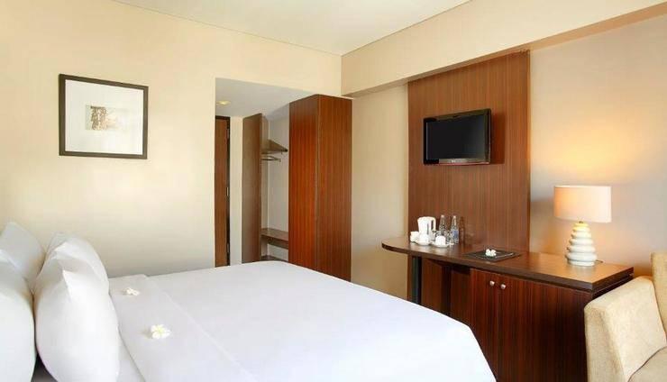Hotel Santika Kuta Bali - Kamar Superior King