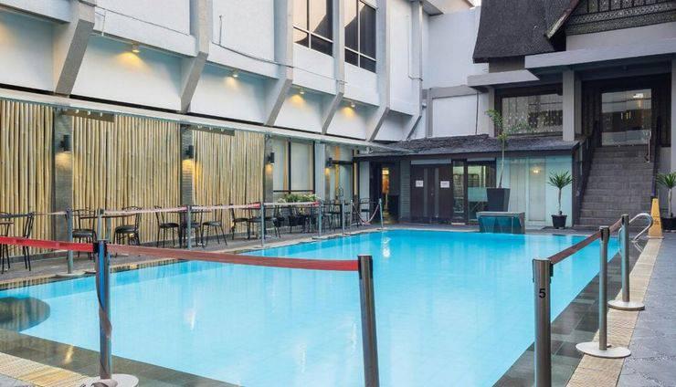 Garuda Plaza Hotel Medan - Kolam Renang