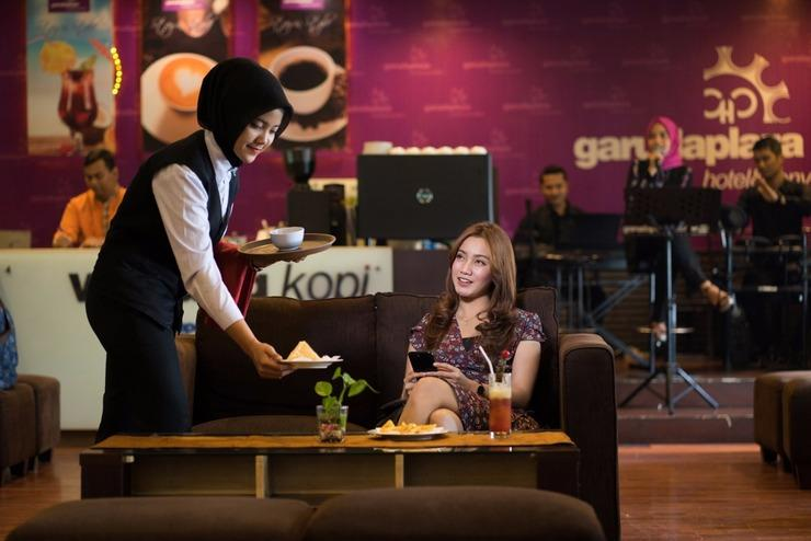 Garuda Plaza Hotel Medan - Lounge and Bar