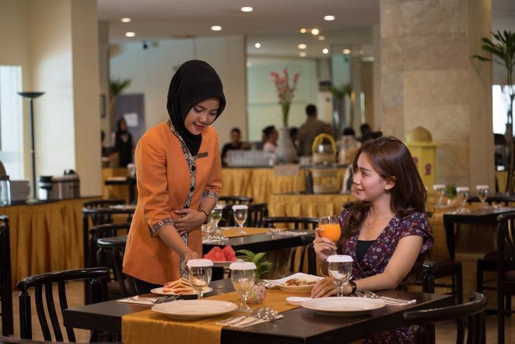 Garuda Plaza Hotel Medan - Restaurant
