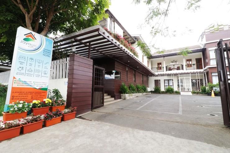 Jayagiri Guesthouse Lembang - exterior