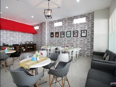 Airy Karang Rejo Gajah Mada 24 Tarakan Tarakan - Restaurant