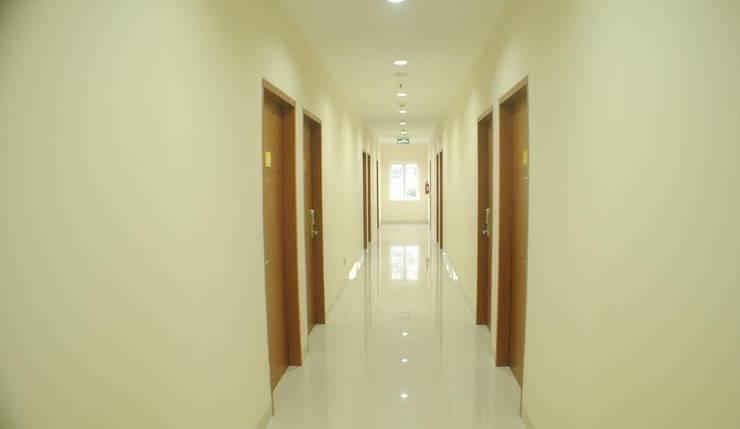 Astera Hotel Bintaro - koridor