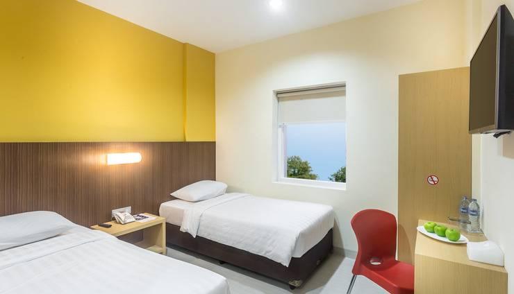 Astera Hotel Bintaro - twin bed