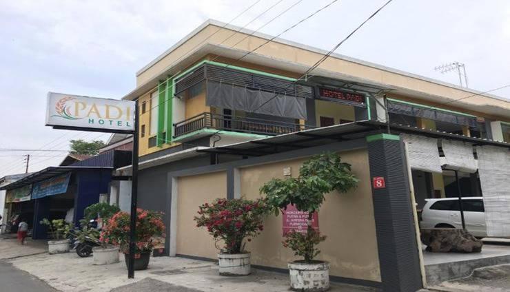Padi Hotel Purwodadi Grobogan - Exterior