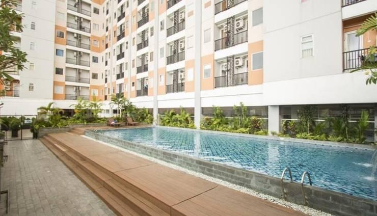 Alfa Student Castle Apartment Yogyakarta - Pool