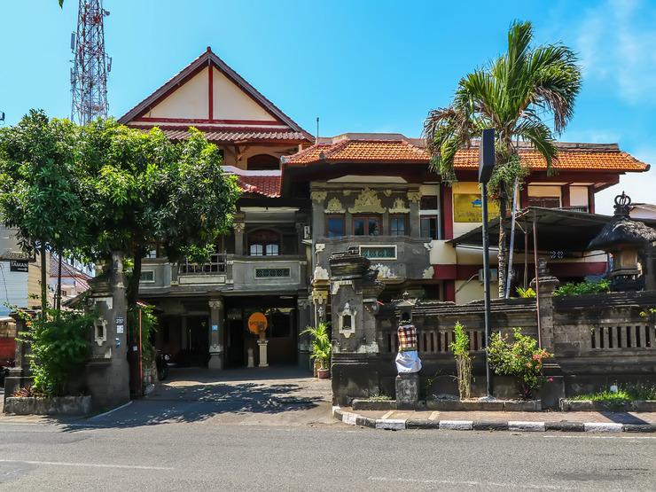 SPOT ON 1927 Hotel Candra Adigraha Bali - Facade