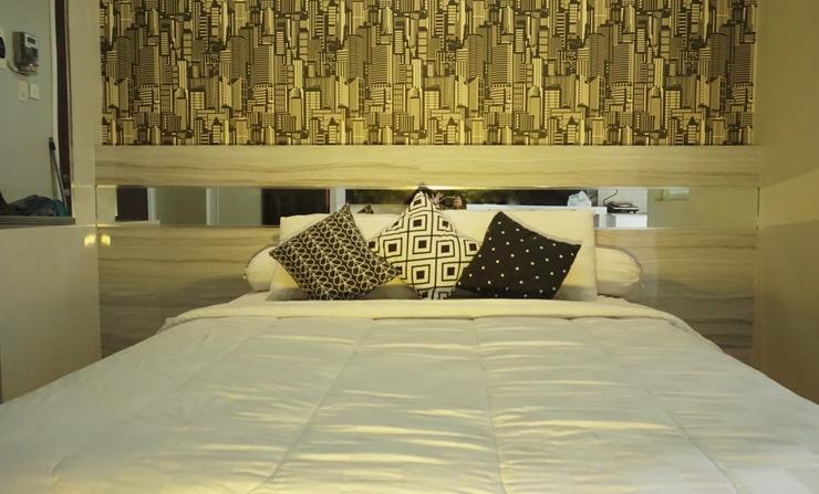Sappy Room at Student Castle Apartment Yogyakarta - Tempat tidur ukuran queen
