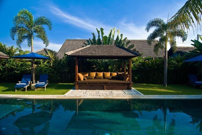 Villa Moyo Bali - (18/Dec/2013)