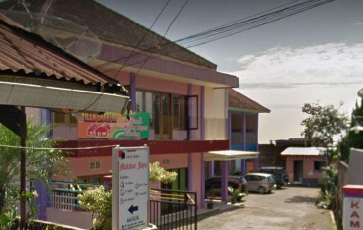 Villa Gayatri Pasuruan - Exterior