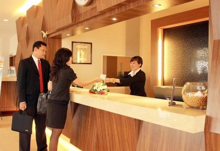 BTC Hotel Bandung - Receptionist