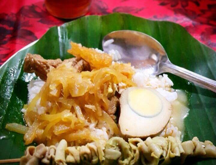 Hotel Bliss Soetta Semarang - Menu