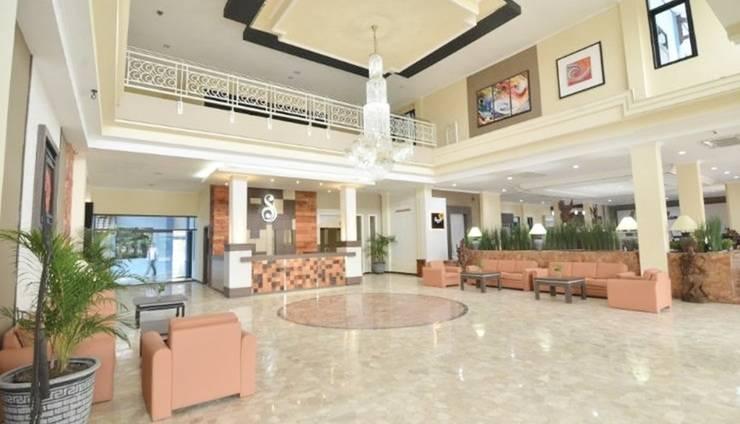 Sofia Front One Juanda Hotel Surabaya - Lobby