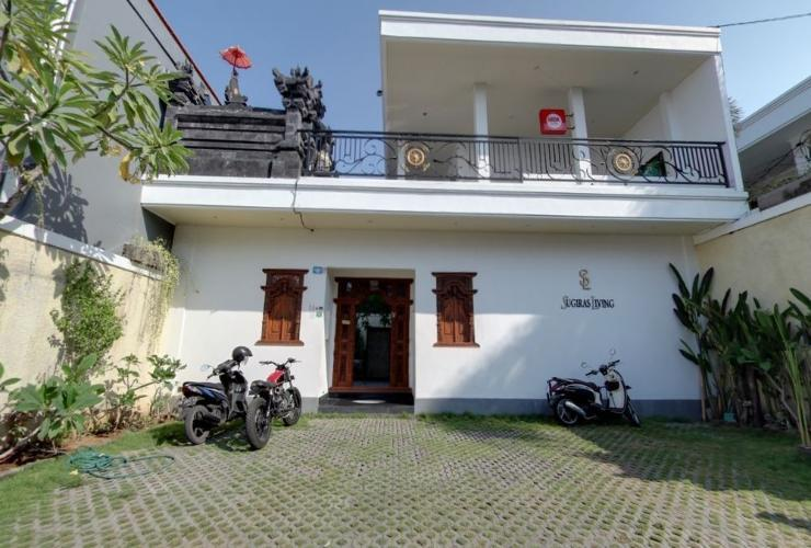 Sugiras Living Bali - Facade