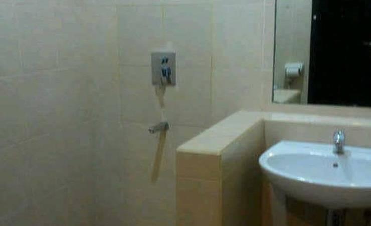 Surya Kencana Seaside Hotel Pangandaran - Kamar mandi