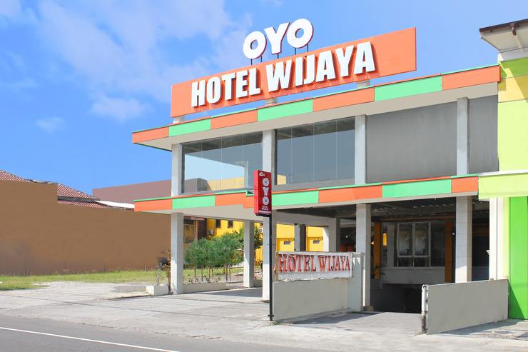 OYO 586 Hotel Wijaya Yogyakarta - Facade