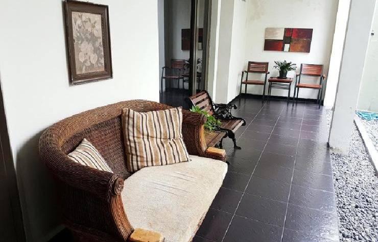 Harga Hotel Tinggal Standard Darmo Permai Selatan XIV (Surabaya)
