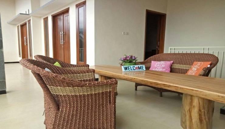 Villa Nella Malang - Interior