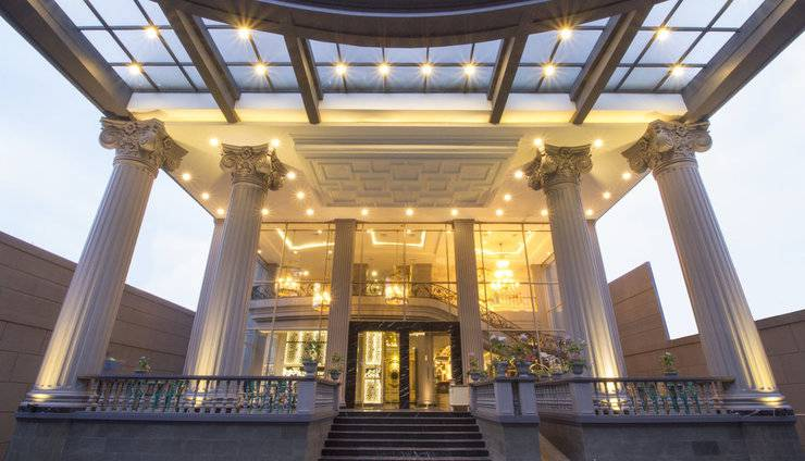 Park View Hotel Bandung - Pintu Masuk