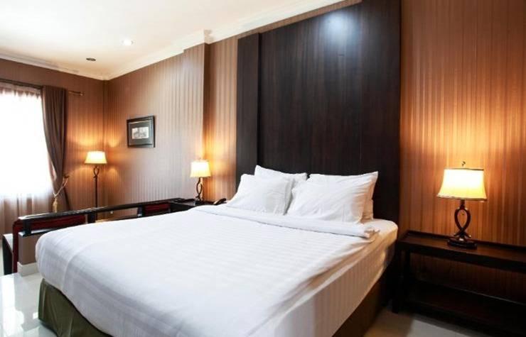 Cirebon Plaza Hotel Cirebon - Kamar