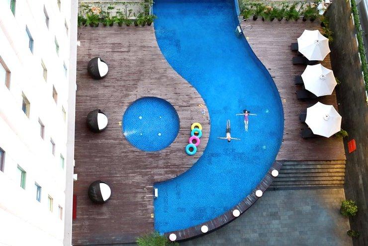 POP Hotel Gubeng - Kolam Renang