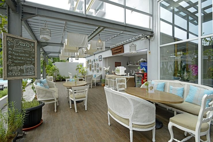 La Lisa Hotel Surabaya - Coffee Shop
