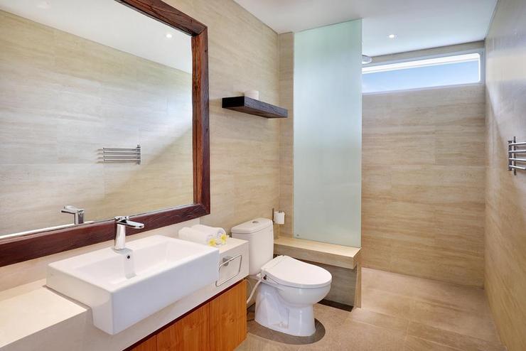 Urban Cabin Villa Bali - Bathroom