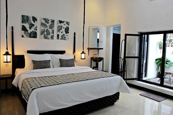 Askhara Hotel Surabaya - Suite Room