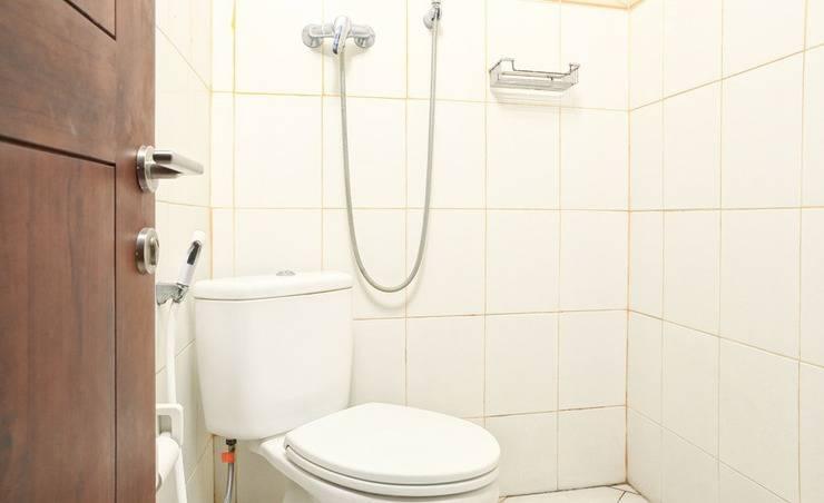 RedDoorz @Patimura Legian 3 - Kamar mandi
