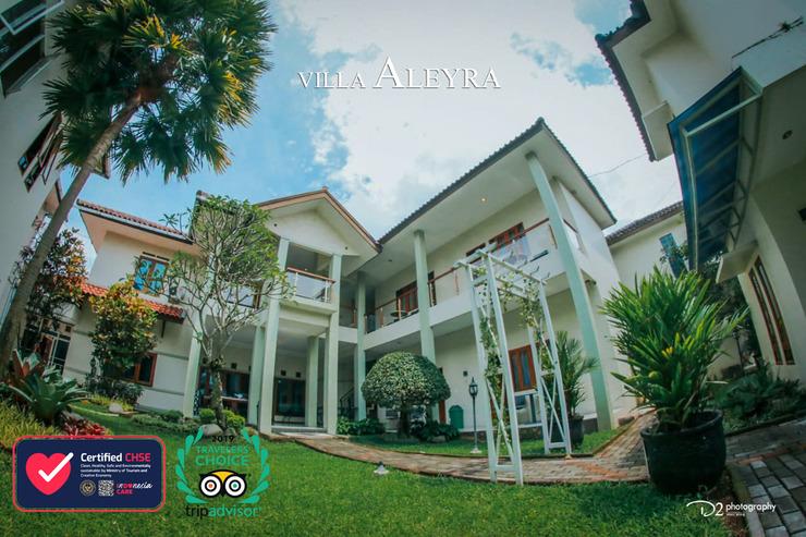 Aleyra Hotel and Villa's Garut Garut - Garden
