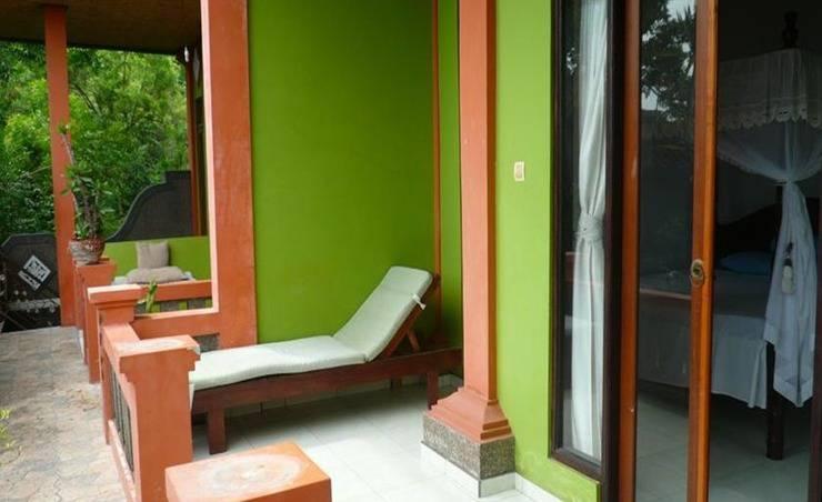 C'est Bon Homestay 1 Bali - Standar kamar - balkon